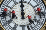 Big Ben gets a wash from abseiling cleaners