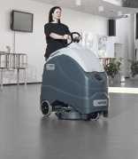 Stand up on Nilfisk SC1500 scrubber