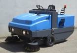 New ISAL 180 ride-on sweeper