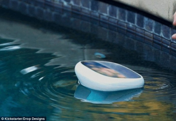 New swimming pool monitor checks for urine ecj for Dropped iphone in swimming pool