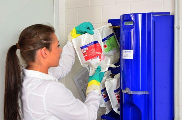 Cleaning Chemicals The Smartest Dosing Ecj