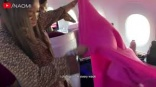 Naomi Campbell's extreme inflight cleaning routine goes viral