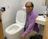 The lavatory that pays out when users spend a penny