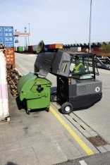 Robust Kärcher sweepers